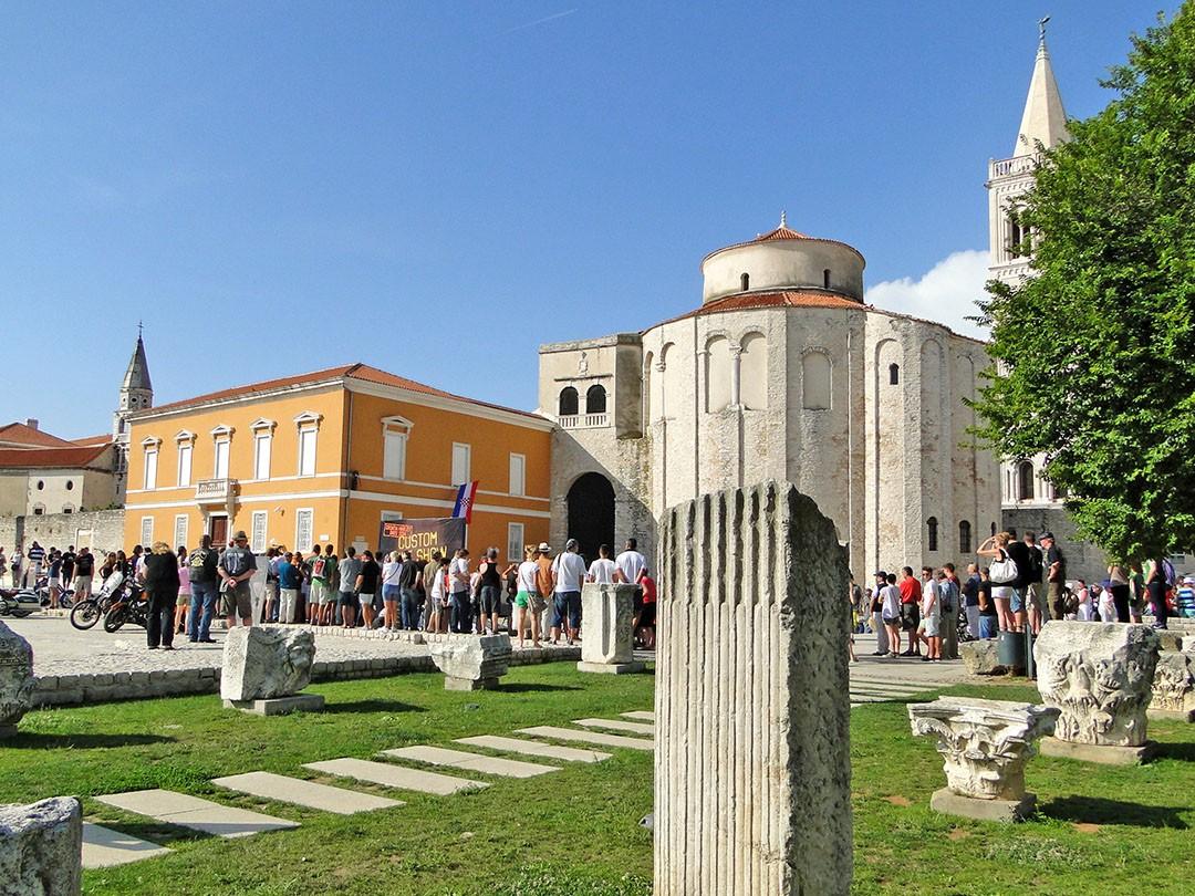 Aqueles que viajam para Zadar 1