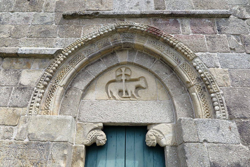 cordeiro-mosteiro-de-bravaes