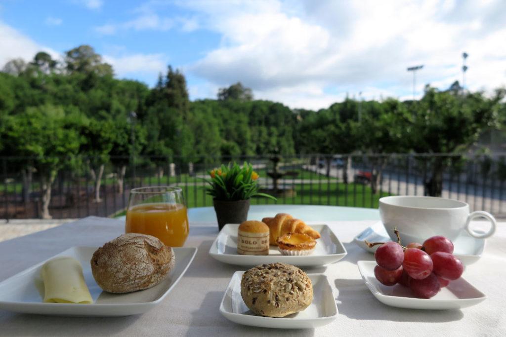 hotel-fonte-velha-cafe-da-manha