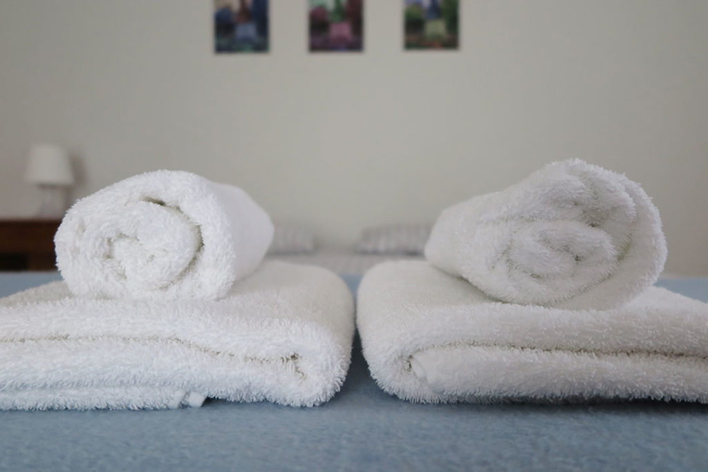 old-village-hostel-toalhas