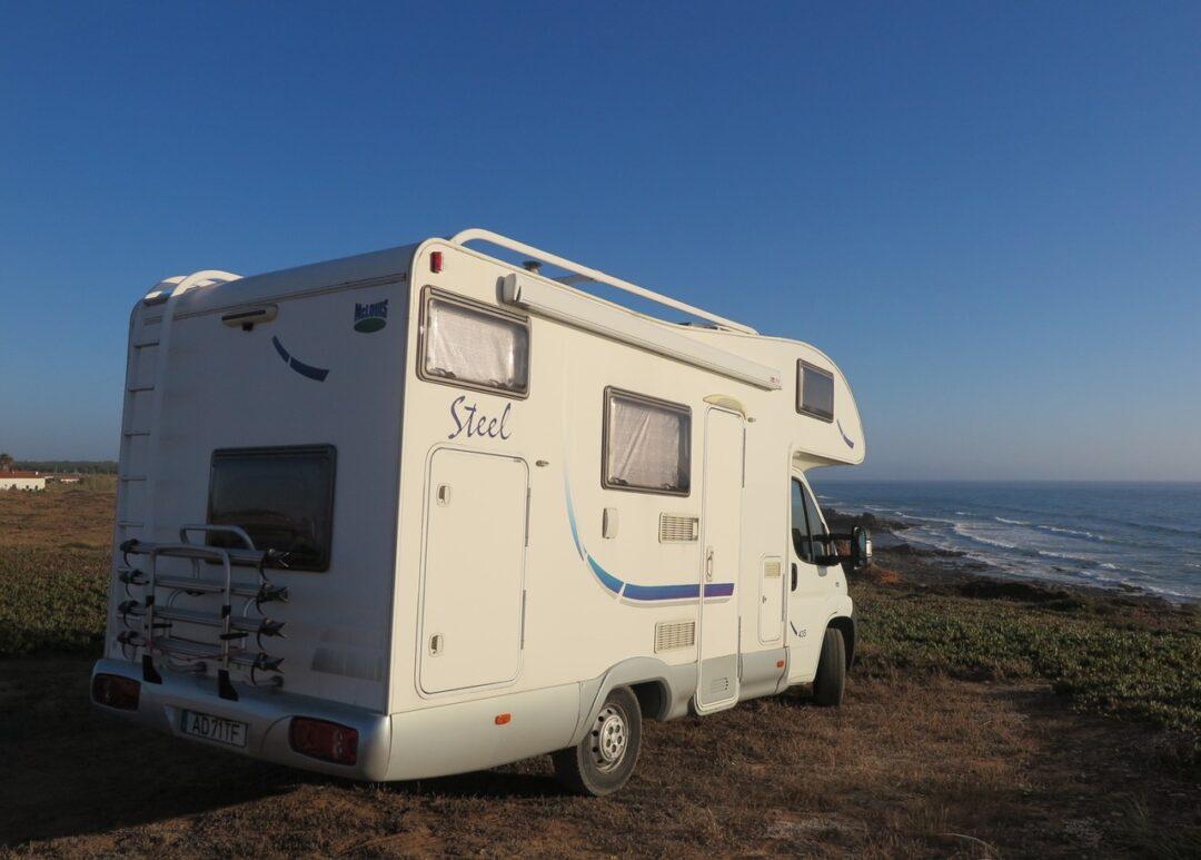 Viajar de autocaravana em Portugal: 8 dicas para viajar com à casa às costas